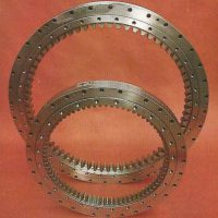 Axial bearings of a large diameter